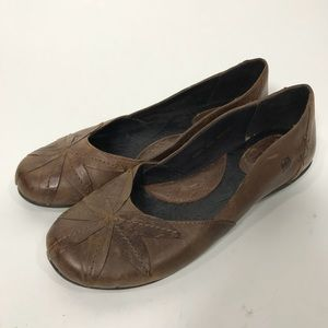 Born ballet flats sz 9 40.5 brown leather EUC shoe